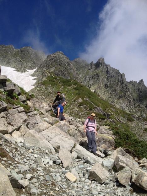 Tackling the 'Zaitengrad' boulders on descent.