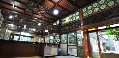 Funaoka Onsen carvings (photo: Kyo1010.com)